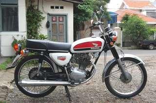Honda CB100 gelatik tahun 1973
