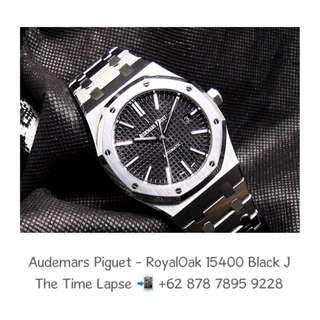 Audemars Piguet - Royal Oak 15400 Black 'J'