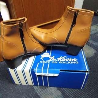Boots coklat Dr.Kevin sz 35