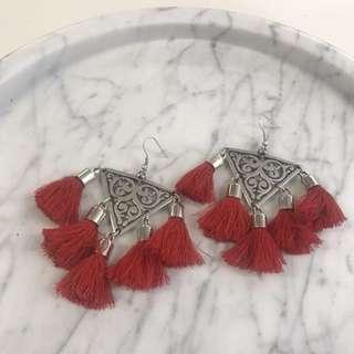 Lazurah tassel earring,red