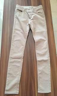 Celana panjang stradivarius