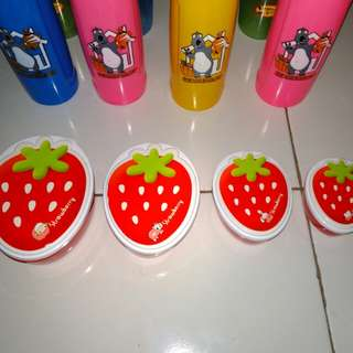 Tempat karakter setrawberry serba guna