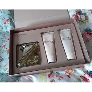 Calvin Klein Reveal Perfume Gift Set