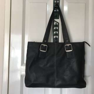 Solo Plaza 15.6 Inch Laptop Tote Bag