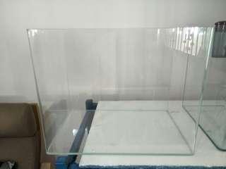 2 Fish tanks n 1 slim filter