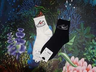 Iconic / korean socks