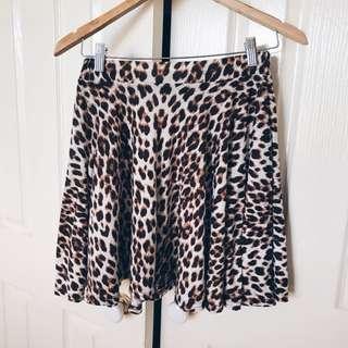 FACTORIES Leopard Print Skirt