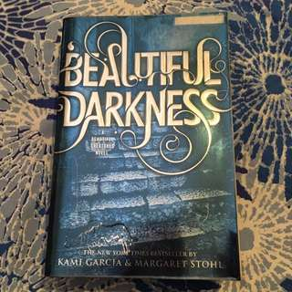Beautiful Darkness (Beautiful Creatures #2)