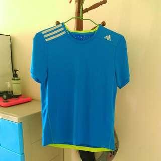 🚚 Adidas短袖上衣
