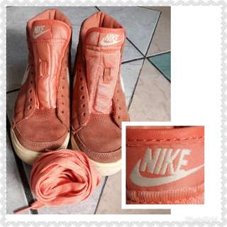 ORIGINAL PRELOVED💖NIKE SIZE 4-4 1/2