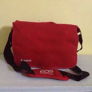 CANON EOS DSLR BAG RED.   #abubaq