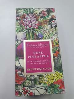 Crabtree & Evelyn Rose Pineaple