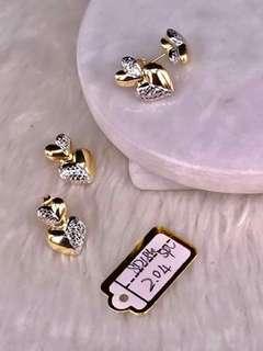 18k saudi gold earrings...