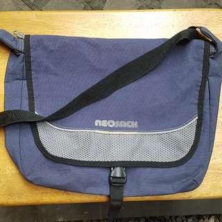 Tas Neosack messenger sling bag