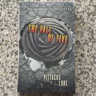 """The Fall of Five"" Novel ~ Pittacus Lore"