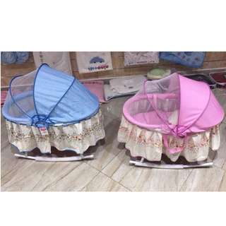 baby carriage / bedding