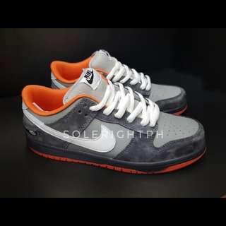 Nike SB Dunk Low Pigeon