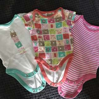 Mothercare set up to 10lbs or 4.5kg
