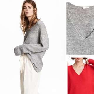 🚚 OshareGirl 01 特價促銷)歐美V領簡約設計純色寬版針織上衣