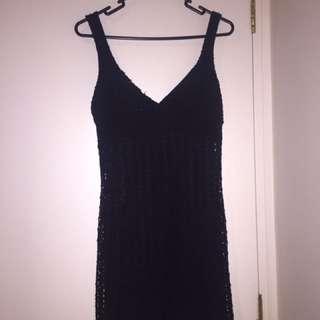 Mid thigh black dress
