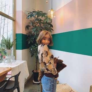 韓國雜誌款甜美卡通蜜蜂針織毛衣