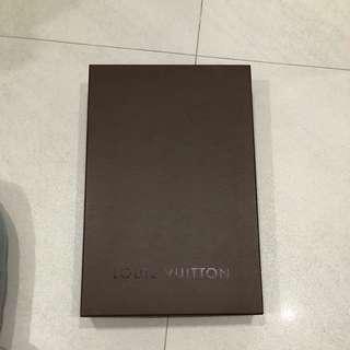 Louis Vuitton medium box