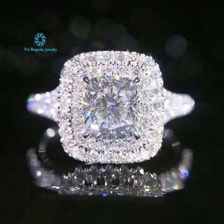 18K 白金 GIA枕型鑽石 戒指(歡迎詢價)