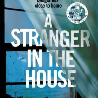 A Stranger in the House by Shari Lapena [Paperback]