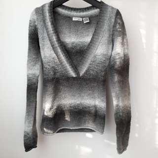 ✔10% OFF ENERGIE V-neck grey sweater