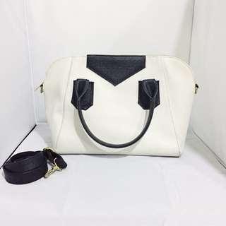 Executive handbag with sling