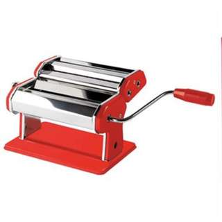 Brand new in box Jamie Oliver Pasta Maker machine
