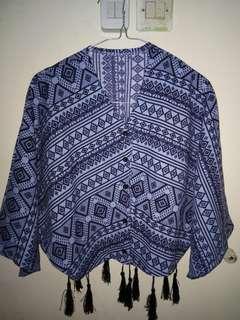 Atasan crop motif batik