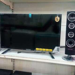Polytron LED TV 32 inch. Promo gratis 1x angsuran