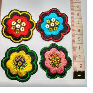 Set of 4 Sequin Flower floral embroidered applique patch fabric badge decoration - Free normal postage
