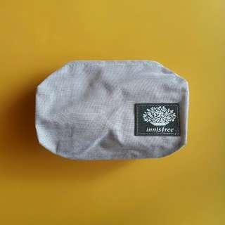 Innisfree mini pouch