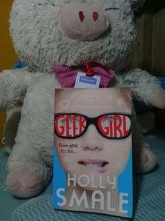 Geek girl (negotiable)