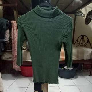 Army Turtle Neck