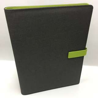 🚚 BIG-B5 Refillable NoteBooks/Green(60 sheets of Notes) 21.5cm x 27cm (Height)-S$24.80 ✉{Free Registered Mail}