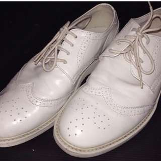 Pedro white brogues