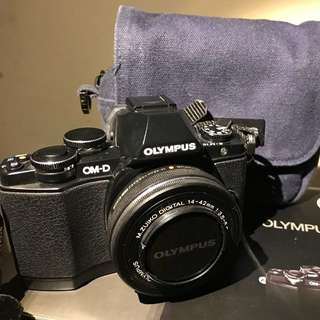 SUPER CHEAP!! Olympus EM10, mark 1