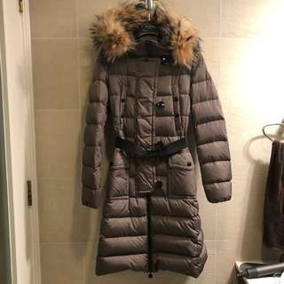 Moncler long down jacket with fur trim size 0 (fast trade! Very new!)