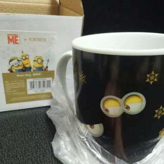 小黃人杯子