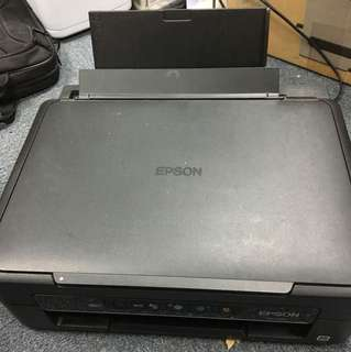 Epsom xp225 WiFi 彩色打印機 連掃描器