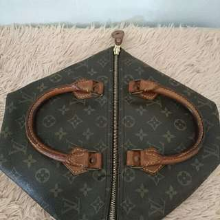 authentic louis vuitton speedy monogram 30 vintage