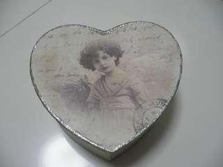 Girls pattern heart shaped box