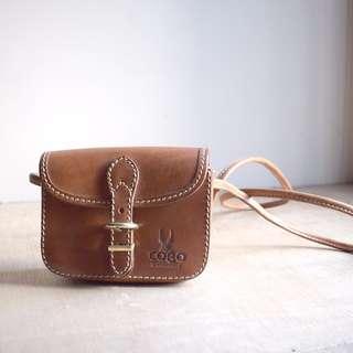 COMO Messenger Shoulder Bag