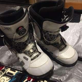 Vans snowboarding boots