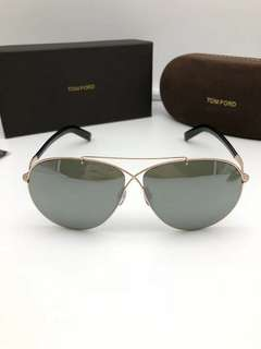 TOM FORD sunglasses TF374 61-10-140 size