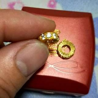 916 Gold