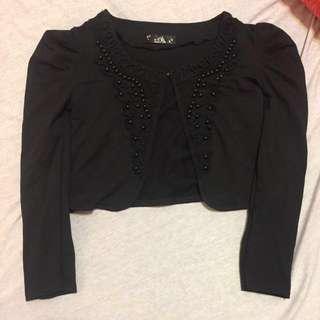 🚚 黑色蕾絲雕花造型珠珠娃娃袖短板小外套
